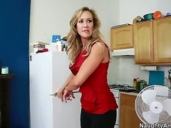 Brandi Love seduces a chap called Tyler Nixon and takes him for a wild milf ride. See her engulfing on his dick and working it with her skills in advance of this babe widens her legs and lets him lick her.