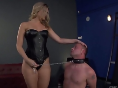 Bombshell blonde Alexis Texas is one sexy looking and cold-blooded domina, holding Jeremy Conway in a leash and making him show his admiration for her perfectly shaped ass...