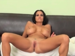 Milf Ava Addams swings her large pointer sisters around
