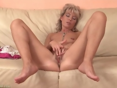Cute older golden-haired plays with her tight love tunnel