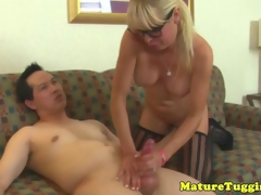 Mature milf in spex rubs cumshot drop bigtits