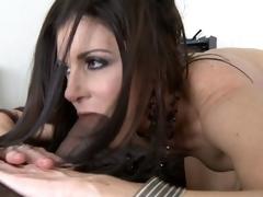 India Summer takes giant darksome 10-Pounder in 69 position
